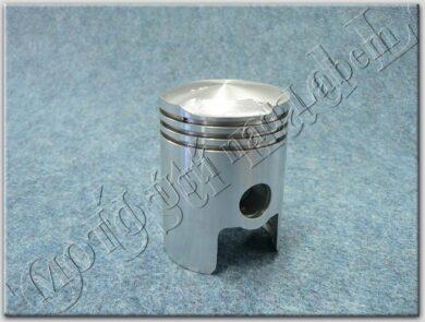 3-rings piston - pin 18 , groove 2,5 ( Panelka 250 )(011428M)