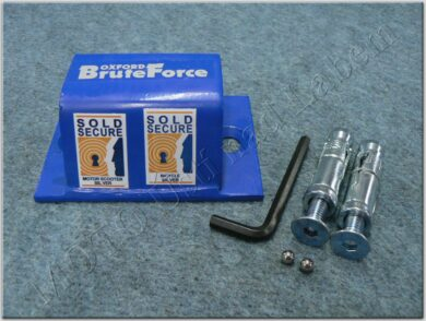 Brute Force ( Oxford )  (900698)