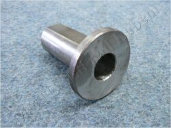 Bushing L., Rr. wheel axle ( Pérák )